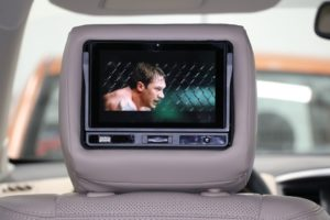 Dvd-Player-im-auto