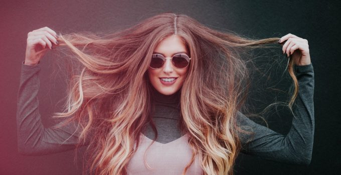 Volumenmousse-fuer-die-Haare